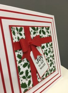 Elegant Christmas present card using the Holly back plate, paste and moss green glitter
